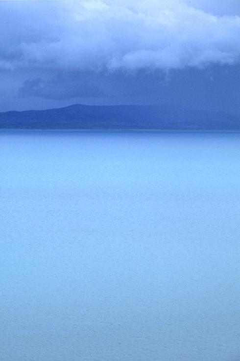 Das Ostufer des Manasarowar-Sees, Tibet.