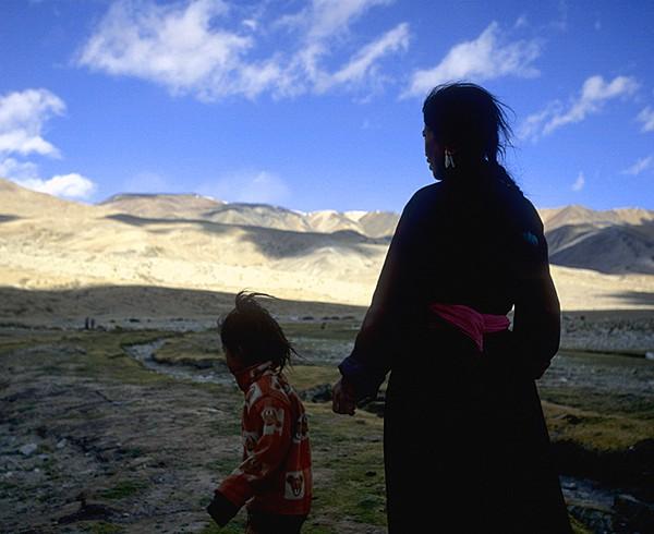 Nomaden vor Korzok am Tso Moriri-See, Changtang-Plateau.