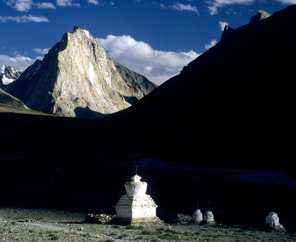 Der heilige Berg Gomborangon im Zanskar-Gebiet. Wie der Kailash darf auch er nicht bestiegen werden.